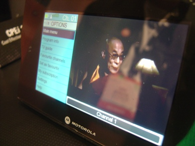 motorola-mobile-tv-dh01-ces-screen.jpg