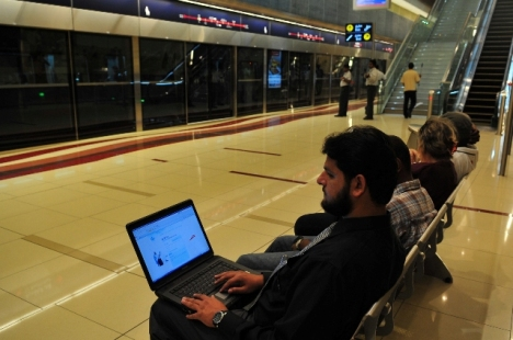 Dubai metro with Motorola mobile WiMAX